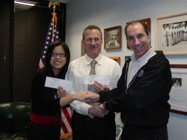 2012_raffle_winners_-first_and_third_prize_003_2.jpg